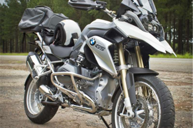BMW R1200GS LC full house in showroom condition. White. 7800 k 2016