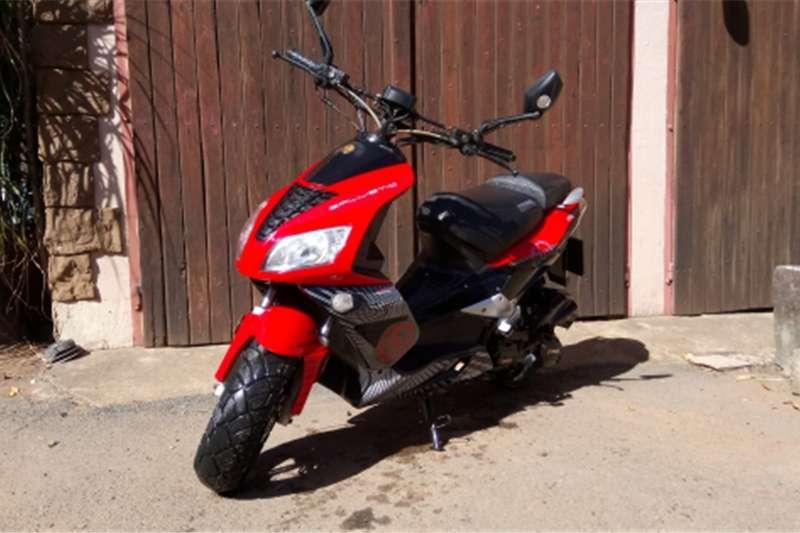 Gomoto Ballistic scooter 2016