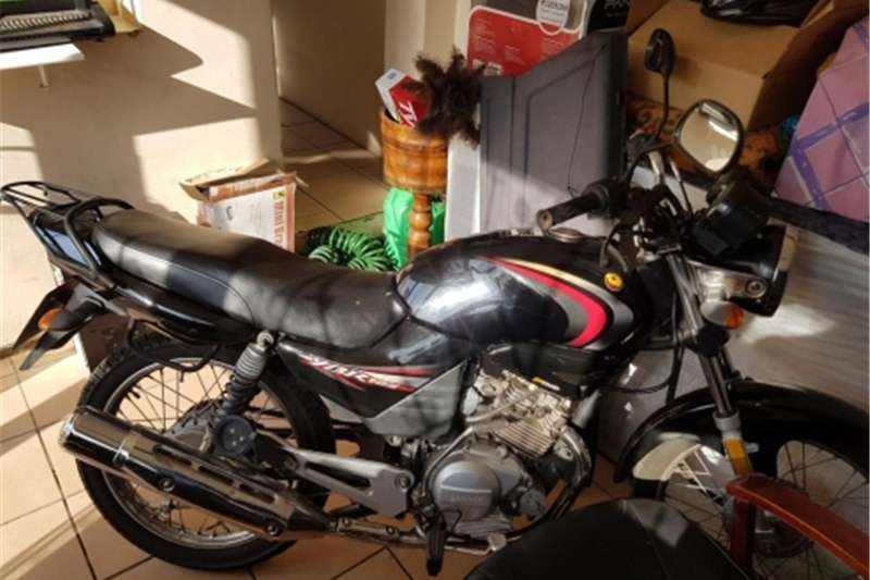 Gomoto YBR 125  Immaculate Condition for sale 2011