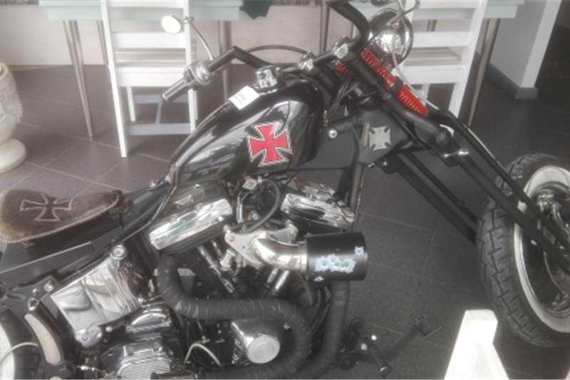 Harley Davidson chopper 0