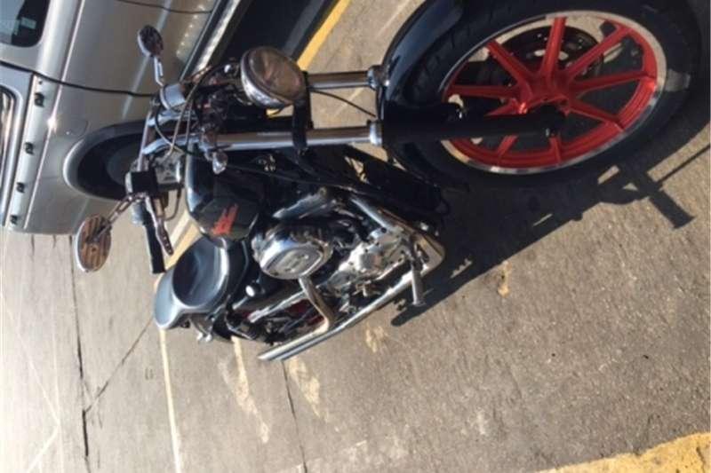 Harley Davidson Custom classic 0