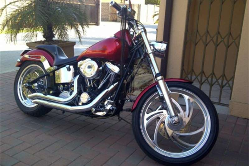 Harley Davidson Custom Softail complete with Quick loader trailer 2015