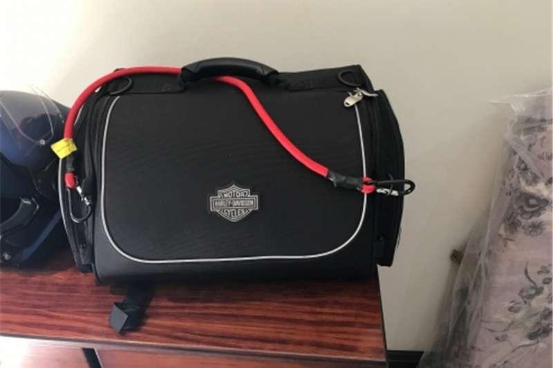 Harley Davidson Premium Touring Luggage Collection   Overnight Bag 0