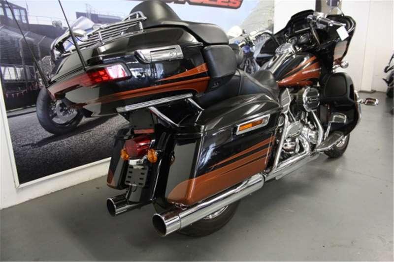 Harley Davidson Road Glyde Ultra Evo Special Edition 1800cc (CC102 2015