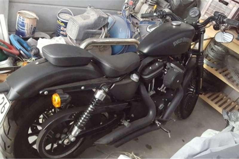 Harley Davidson Sportster 883cc IronLots of extras Black Lic12 260km R69 500 2013