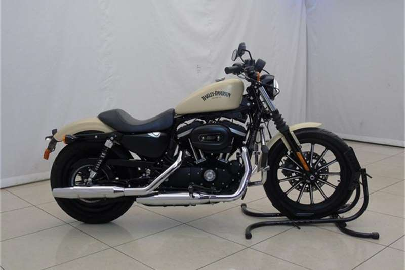 Harley Davidson Sportster Iron 2015