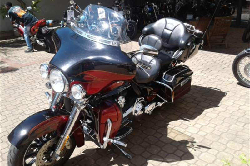 Harley Davidson Ultra CVO Couch 2011