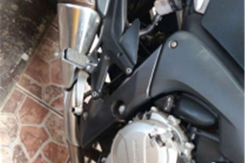 Honda CBF 2013
