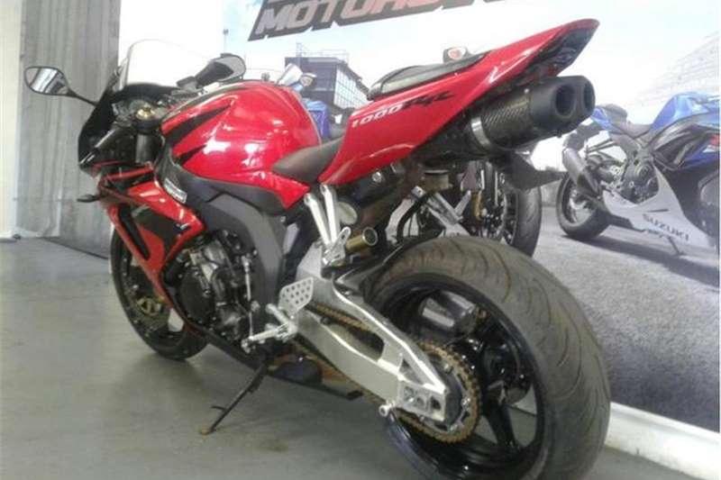 Honda CBR 1000 RR 2006