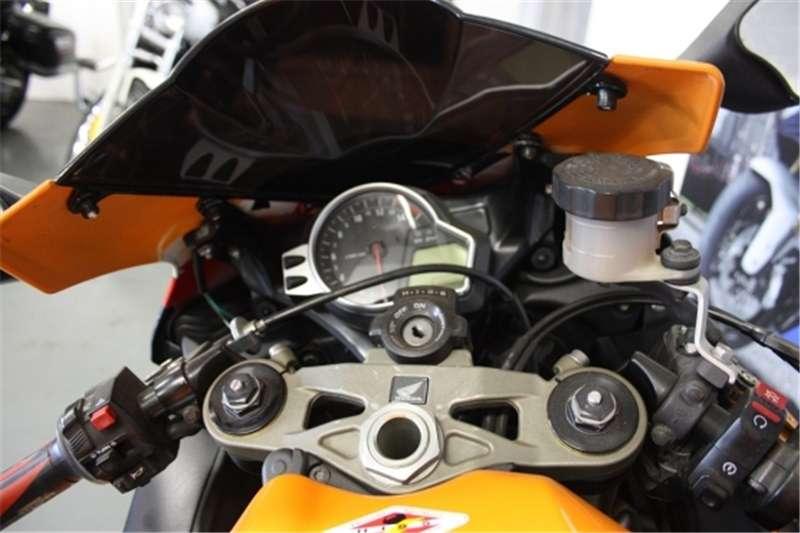 Honda CBR 1000cc (CC101 174) 2011