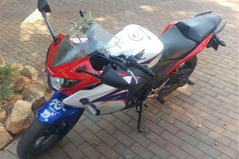 Honda CBR 125R 0