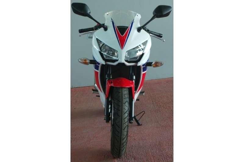 Honda CBR 300R 2016