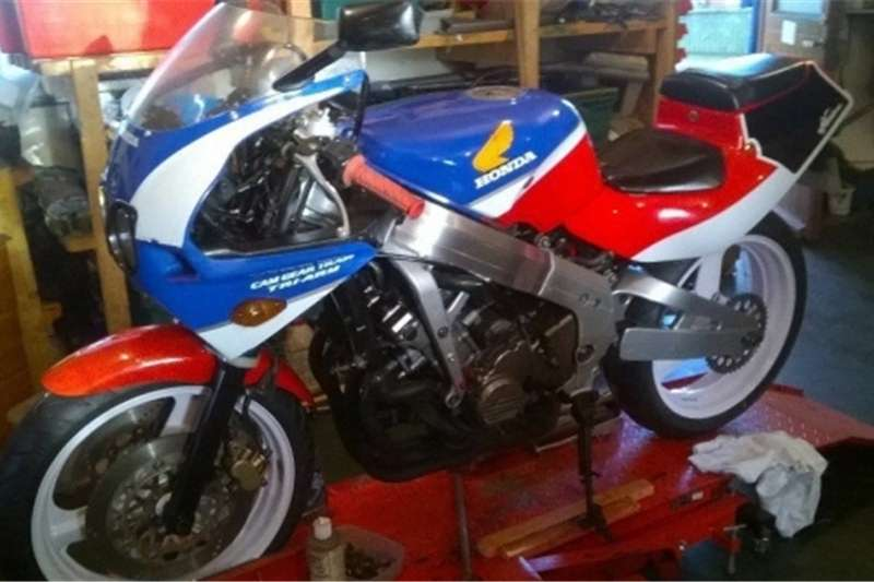 Honda CBR 400 nc23 for sale 0