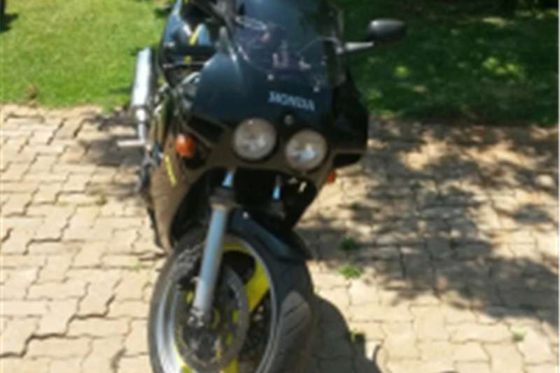 Honda CBR400R NC23 0
