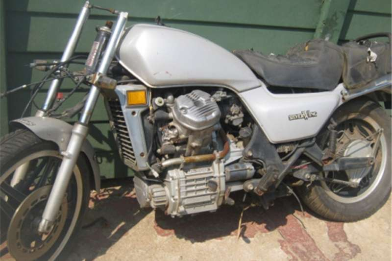 Honda Silverwing GL500   For Spares   R6 000 0