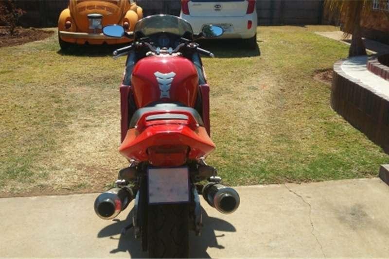Honda Superblackbird 1100XX 2001