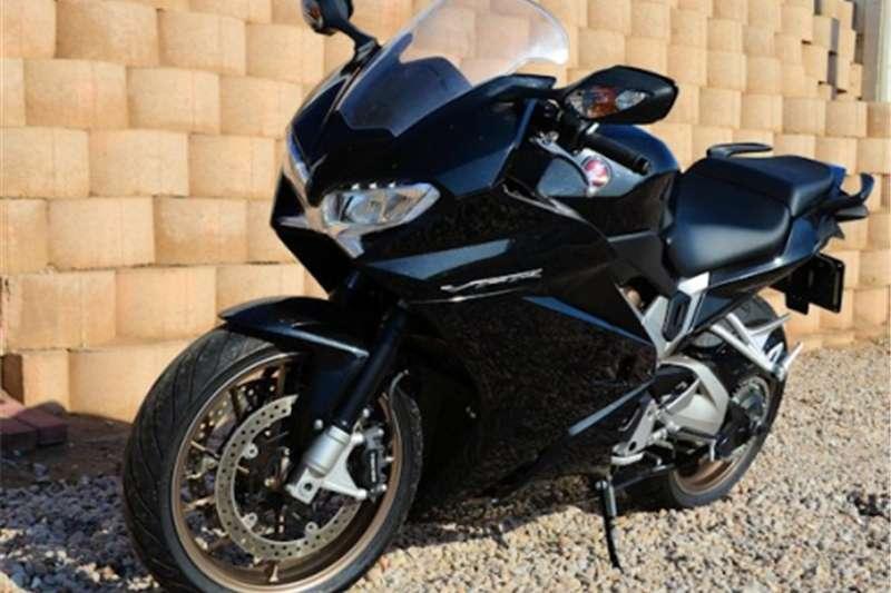 Honda VFR 800 0