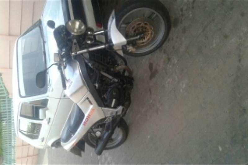 Honda vt250 v twin 0