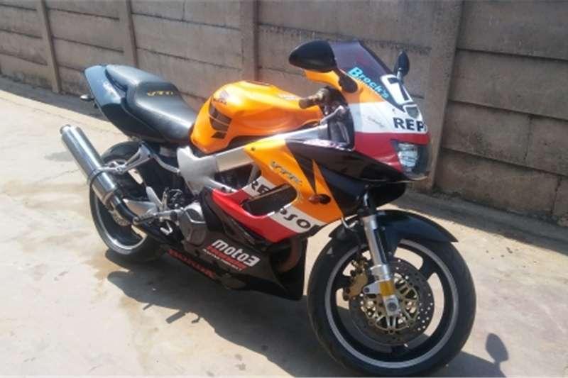 Honda VTR 1000 2004
