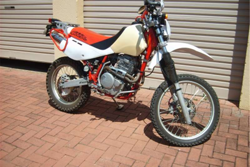 Honda XR600 on/off road bike for sale 1999