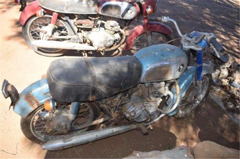 Husqvarna SM125 35hp twin 1967