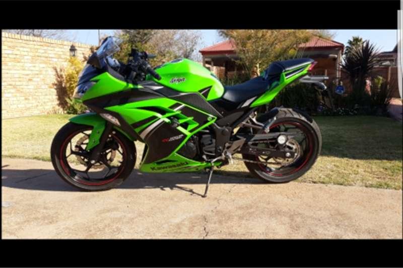 Kawasaki Ninja 300 Special Edition 2014