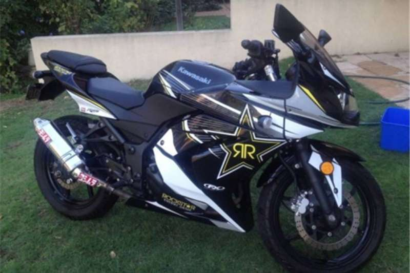Kawasaki Ninja excellent condition with paperwork 2008