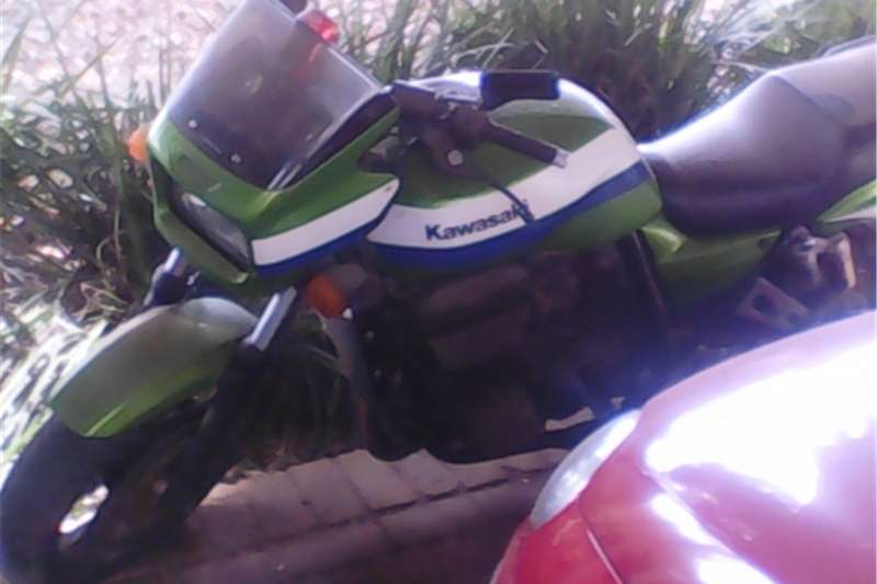Kawasaki ZRX1200 0