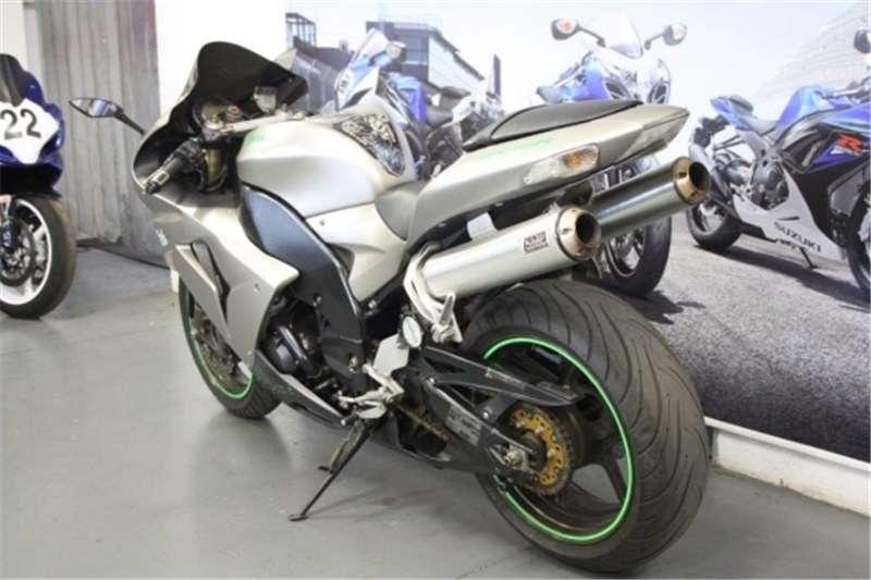 Kawasaki ZX10 1000cc (CC101 362) 2006