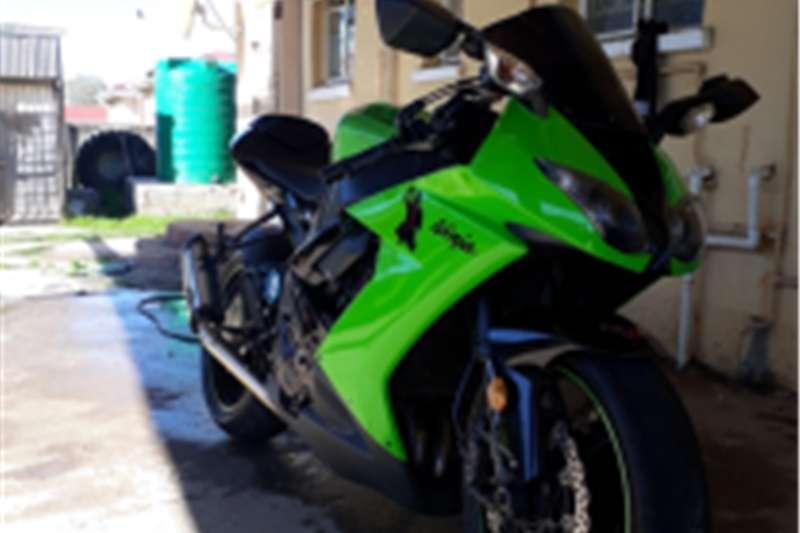 Kawasaki ZX10-R 2010