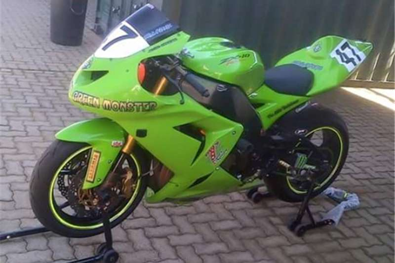 Kawasaki ZX10-R TRACK BIKE FOR SALE 2008