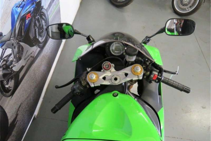 Kawasaki ZX6 600cc (CC101 406) 2005
