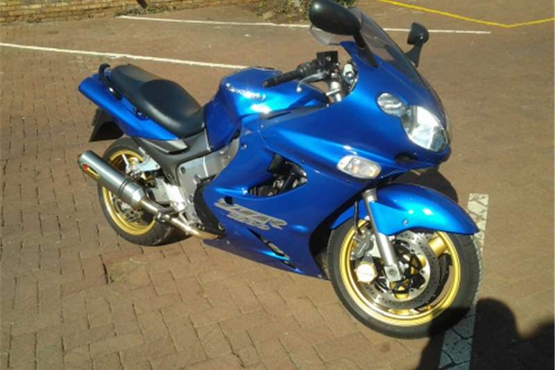 Kawasaki ZZR1200 for sale 2003