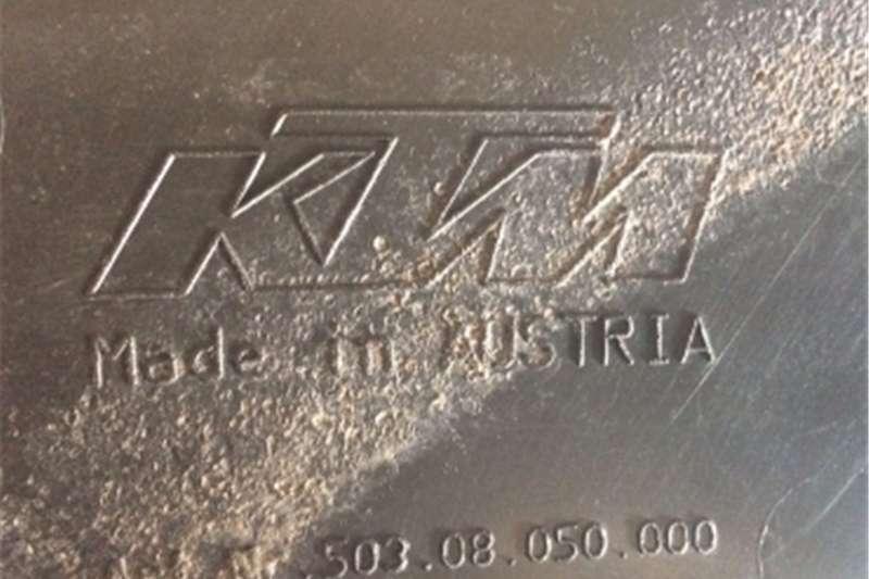 KTM 380 EXC (1998 1999) KTM Spoiler for fuel tank  Lef 0
