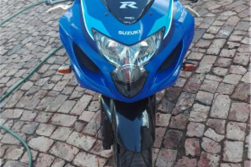 Suzuki GSXR750 20th Anniversary Edition 0