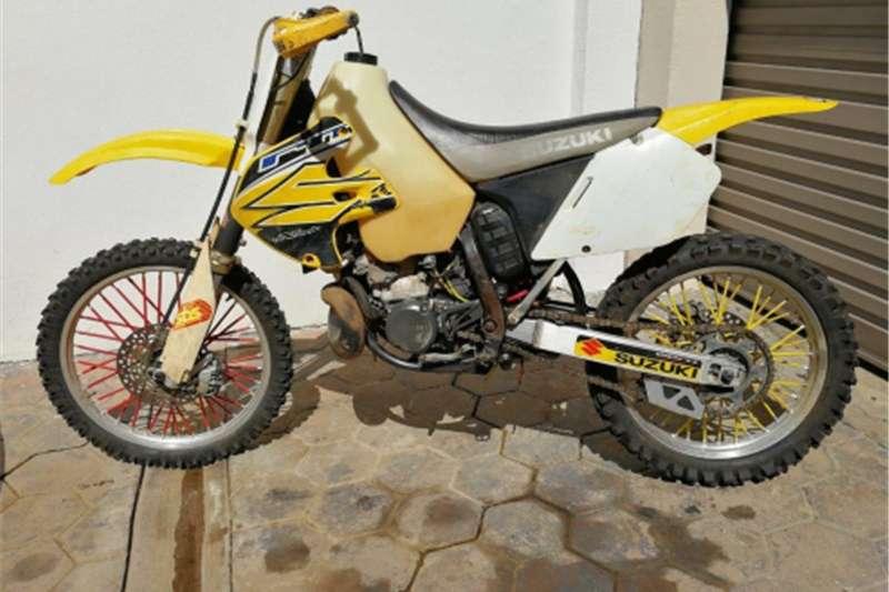 Suzuki RM250 0