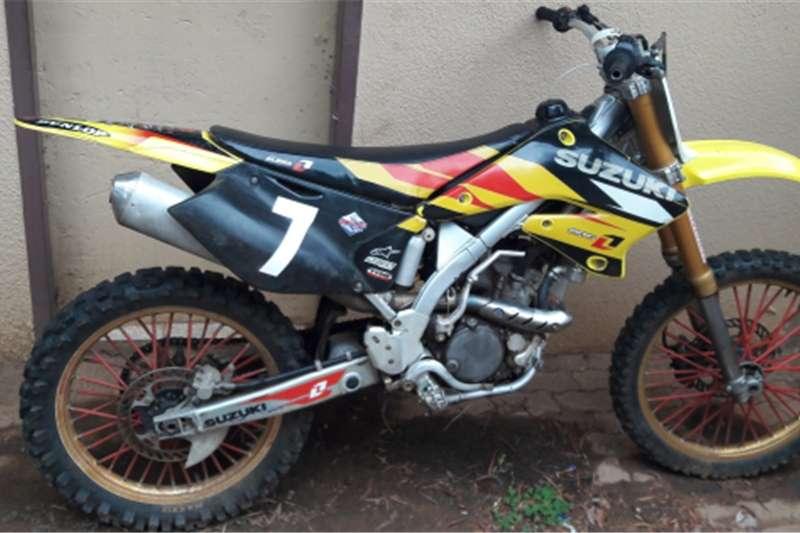 Suzuki RMZ 250 0