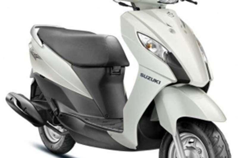 Suzuki UR 110 0