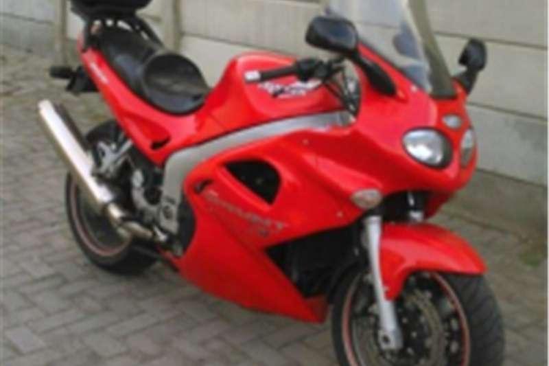Triumph Sprint ST 955 Motorcycle 2001