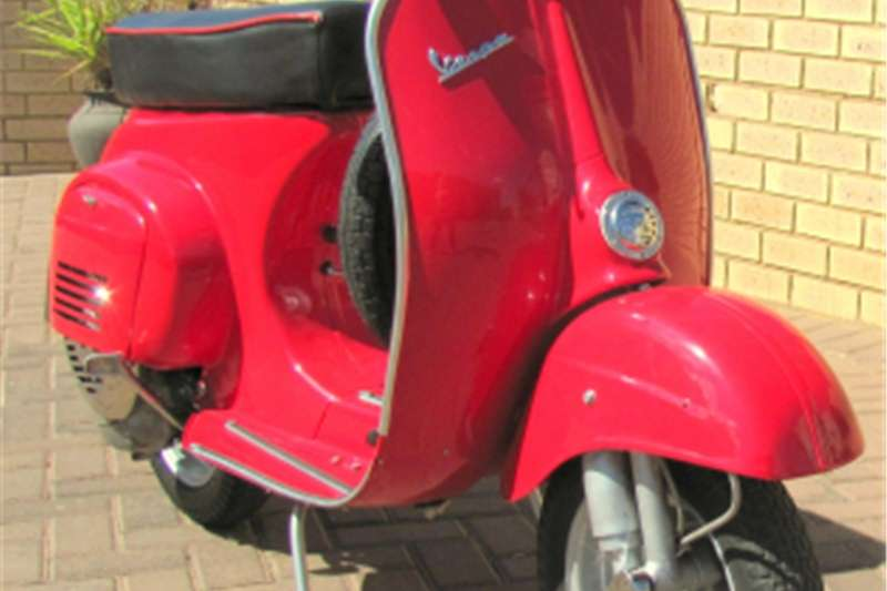 Vespa 50S (4 Speed) 0