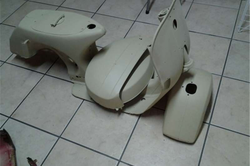 Vespa Scooter 0