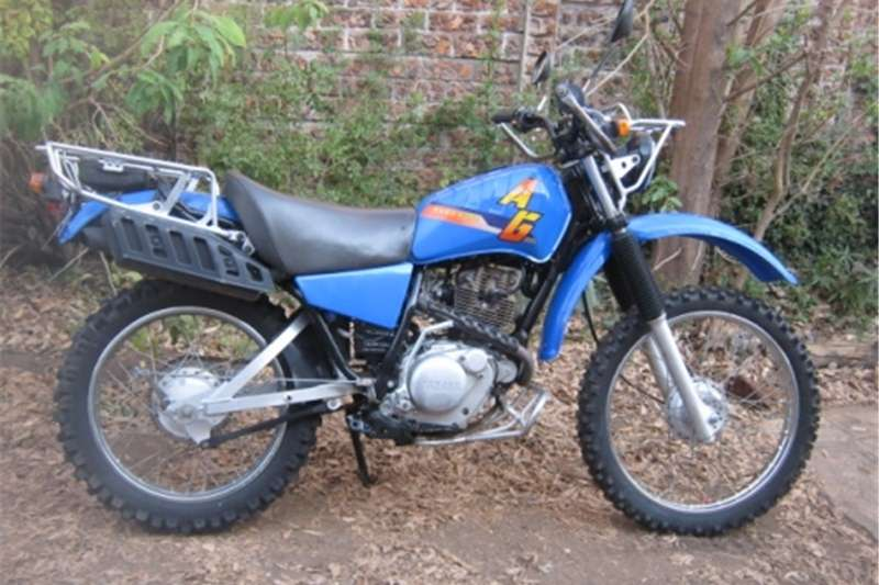 Yamaha AG 200cc   Off Road Scrambler / Farm Bike   R12 500 0