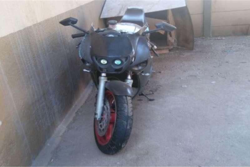 Yamaha FZR 1000 for sale – R12 000 0