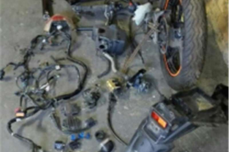 Yamaha R15 motorcycle spares 0