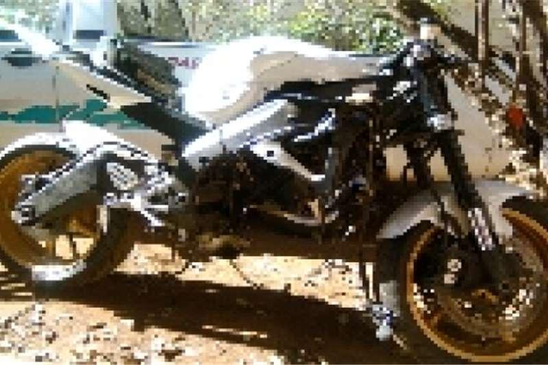 Yamaha r6model r19999 2009