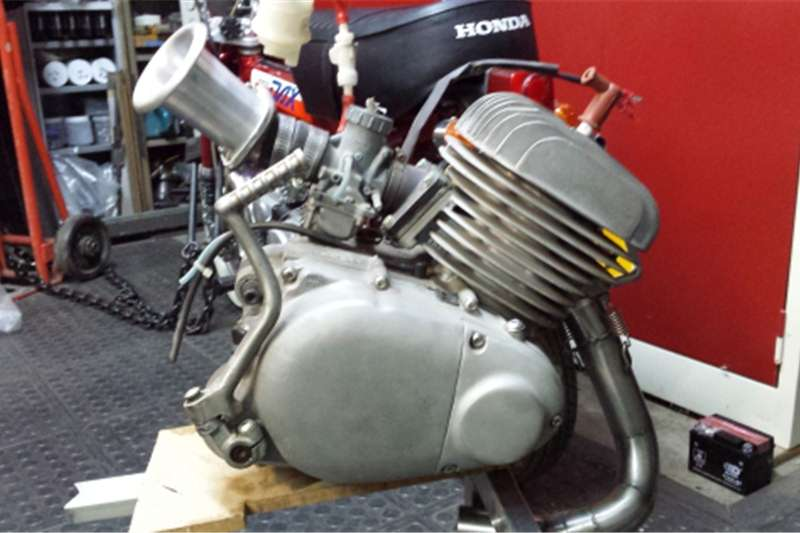 Yamaha TY 175 ENGINE 0