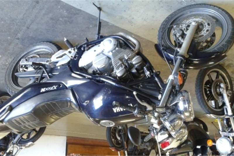 Yamaha XJ600N in good condition   Price includes Roadwort 0