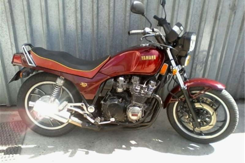 Yamaha XJ750 Old School 1985