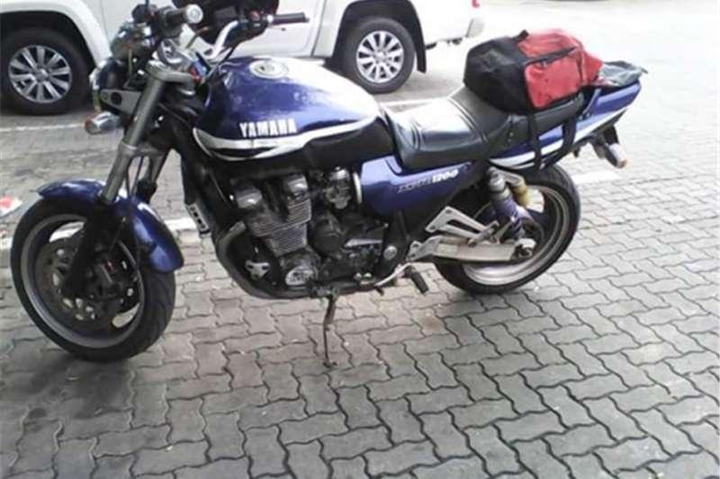 Yamaha XJR 1200 to swop 0