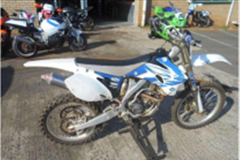 Yamaha yz250F 0